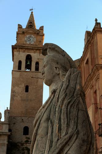 Particolare del Duomo di Caccamo - CACCAMO - inserita il 09-Jan-12