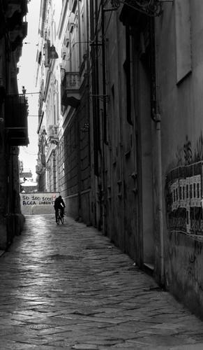 per le vie di Palermo 10 100 1000 Acca Larenti - PALERMO - inserita il 06-Feb-12
