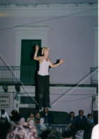 TEATRO GLIMT......SOSPESO AD UN FILO!!!! IBLA BUSKERS 2004  - Ragusa (3734 clic)