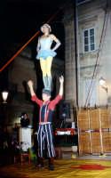 L'equlibrio acrobatico di Renè y Sanbasilio (Ibla Buskers 2005) RAGUSA alessandro frasca