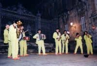 Il suono cromatico della Titubanda (Ibla Buskers 2005) RAGUSA alessandro frasca