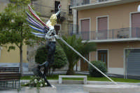 Piazza Dante , nuova statua di San Michele  - Grammichele (7370 clic)