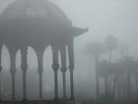 Palco villa comunale con nebbia CALTAGIRONE GIUSEPPE RANNO