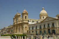 Cattedrale e Cupola  - Noto (1416 clic)