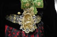 Domenica delle palme , particolare del costume albanse  - Piana degli albanesi (4808 clic)