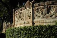 Villa comunale balconata in terracotta   - Caltagirone (2808 clic)