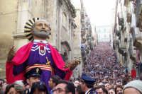 Domenica di Pasqua - statua di San Pietro e scala   - Caltagirone (3157 clic)