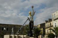 Piazza Dante Statua di San Michele    - Grammichele (2546 clic)