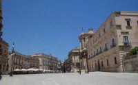 Piazza Duomo , una delle più belle piazze di Sicilia  - Siracusa (2020 clic)