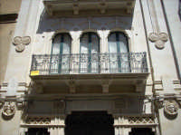 Via Vittorio Emanuele , balcone liberty  - Caltagirone (2337 clic)