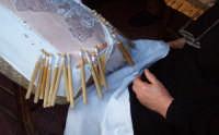 Lavorazione del tombolo  - Mirabella imbaccari (4158 clic)