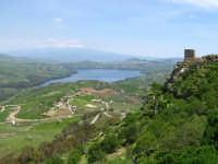 Torre di avvistamento con panorama il lago di Pozzillo  - Agira (4524 clic)