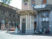 Chiosco Ribaudo al Politeama,stile liberty,Arch.Ernesto Basile  - Palermo (29460 clic)