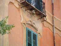 Palazo Dato, particolare decorazioni di facciata(Arch. V.Alagna) PALERMO Paolo Naselli