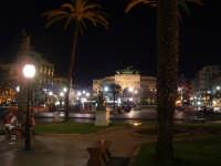 Piazza Politeama in una notte estiva. PALERMO Paolo Naselli