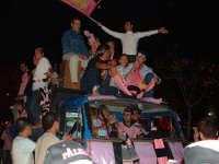 Palermo in A-29/05/2004:Camion adibito a trasporto eccezionale tifosi   - Palermo (2111 clic)