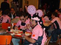 Palermo in A-29/05/2004:Appetito rosanero dopo una notte di festeggiamenti  - Palermo (2176 clic)