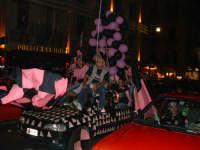 Palermo in A-29/05/2004:Peugeot 106 sovraccarica di tifosi a Piazza Politeama  - Palermo (2214 clic)