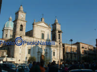 La Cattedrale: veduta di scorcio.  - Caltanissetta (1917 clic)