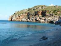 La prima caletta dal lato Castellammare del Golfo  - Riserva dello zingaro (4320 clic)