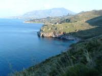 Panorama verso la costa di Castellammare del Golfo dal sentiero per le escursioni  - Riserva dello zingaro (4657 clic)