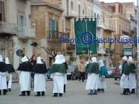 Venerdì Santo 2009: Piazza Vittorio emanuele, la Via Crucis con le varie Confraternite.  - Villarosa (3597 clic)