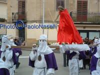 Venerdì Santo 2009: Piazza Vittorio Emanuele,la Confraternita del SS. Crocifisso con la statua del Cristo lungo la Via Crucis.  - Villarosa (3625 clic)