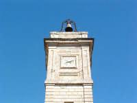La torre civica, particolare.  - Acquaviva platani (4392 clic)