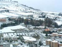 Nevicata del 26-01-2005, veduta del campo sportivo  - Villarosa (3584 clic)