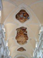 Chiesa di S.Carlo Borromeo, affreschi e stucchi del soffitto della navata principale  - Noto (2859 clic)