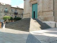 Piazza S.Giacomo, la scalinata della Chiesa Madre.  - Villarosa (2875 clic)