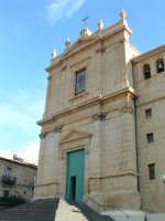 Piazza S.Giacomo, la facciata della Chiesa Madre.  - Villarosa (3581 clic)