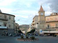 Piazza Vittorio Emanuele, con Corso Regina Margherita sullo sfondo.  - Villarosa (7417 clic)