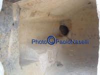 Area archeologica di Contrada Canalotto,l'interno della Chiesa scavata nella roccia.  - Calascibetta (2104 clic)