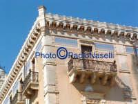 Palazzo Bruno di Belmonte, opera liberty del grande architetto palermitano Ernesto Basile, veduta d'angolo.  - Ispica (1503 clic)
