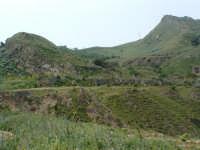 Archeologia industriale: la Miniera Agnelleria vista dalla Miniera Gaspa,che si trova di fronte.  - Villarosa (3807 clic)