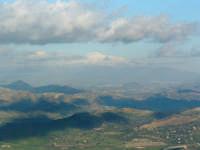 Etna innevata,veduta dal castello di Lombardia di Enna.  - Enna (4043 clic)