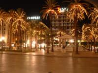 Natale 2003:palme illuminate a Piazza Politeama e Palchetto della musica. PALERMO Paolo Naselli