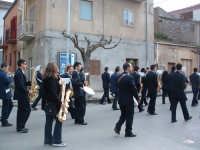 Pasqua a Villarosa: 08/04/2007, la processione con la banda musicale su Corso Garibaldi.  - Villarosa (3322 clic)