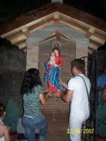arrivo della madonnina sorriso dei giovani. collocazione nell'icona  - Roccalumera (7556 clic)