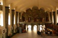 Galleria L.Sturzo -interno-  - Caltagirone (3582 clic)
