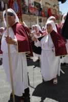 Confraternita in processione  - Ferla (4523 clic)