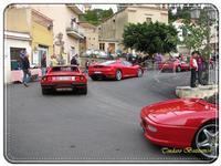 Sagra della castagna. Raduno Ferrari. Ottobre 2010   - Montagnareale (3928 clic)