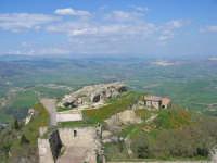 Enna. Veduta dall'alto del Castello Lombardia. Aprile 2007  ENNA TINDARO BUZZANCA