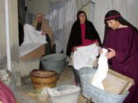 Presepe vivente a Gioiosa Marea. Le lavandaie (7291 clic)
