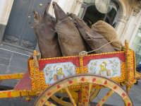Festa della vendemmia a Piedimonte Etneo. Carretto con otri (3256 clic)