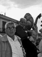 Anziani alla Sagra del Carciofo  - Cerda (3827 clic)