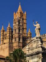 cattedrale di palermo. dettaglio della prospettiva dal piazzale della cattedrale verso le torri PALE