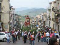 sfilata dei Ramara nel quartiere borgo  - Troina (2271 clic)