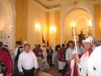 Vestizione dei confrati della confraternita di Sant'Antonio Abate prima processione.   - Troina (2510 clic)